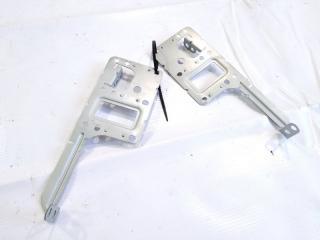Крепление магнитофона NISSAN XTRAIL 2008