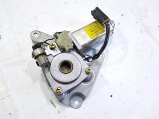 Мотор стеклоподъемника передний левый NISSAN SAFARI 1995