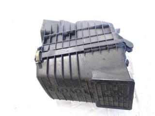 Корпус воздушного фильтра передний TOYOTA GAIA 2002