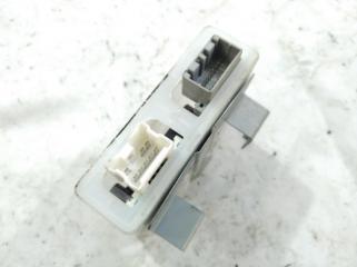 Блок управления дверьми NISSAN LIBERTY 2002