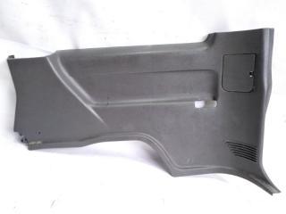 Обшивка багажника задняя правая NISSAN MISTRAL 1996