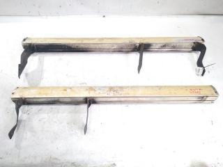 Запчасть подножки комплект ISUZU BIGHORN 1993