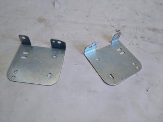 Запчасть крепление магнитофона HONDA HRV 2005