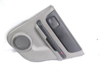 Обшивка дверей задняя правая NISSAN XTRAIL 2005
