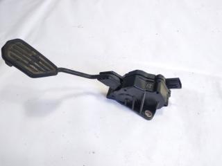 Педаль подачи топлива TOYOTA VITZ 2011