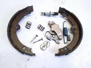 Механизм стояночного тормоза задний левый TOYOTA CROWN ATHLETE 2010