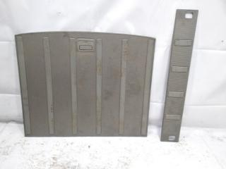 Пол багажника пластик задний NISSAN XTRAIL 2001