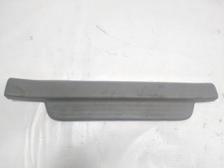 Накладка на порог салона передняя правая TOYOTA PLATZ 2003