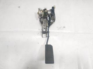 Педаль подачи топлива передняя правая NISSAN TERRANO REGULUS 2001
