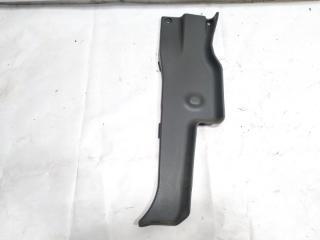 Обшивка стойки кузова задняя правая ISUZU ELF 1997