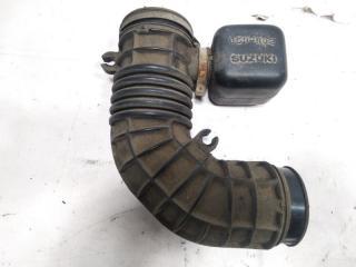Патрубок воздушного фильтра SUZUKI ESCUDO 2002