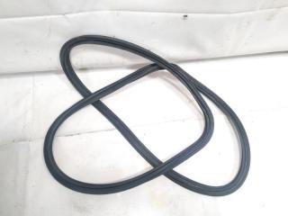 Уплотнительная резинка багажника задняя TOYOTA ALLION 2005