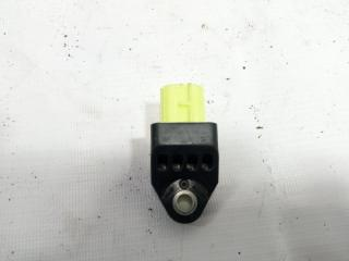 Запчасть датчик airbag задний правый TOYOTA COROLLA FIELDER 2013
