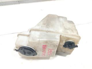 Бачок стеклоомывателя передний TOYOTA CALDINA 1996