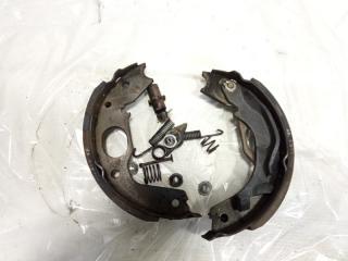 Механизм стояночного тормоза задний правый MITSUBISHI PAJERO 1995