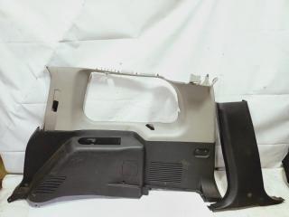 Обшивка багажника задняя правая INFINITI QX56 2005