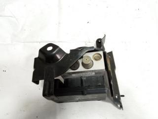 Блок abs передний INFINITI QX56 2005