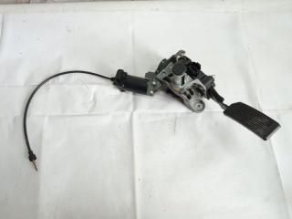 Педаль подачи топлива передняя левая INFINITI QX56 2005