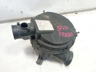 Корпус воздушного фильтра передний TOYOTA LAND CRUISER PRADO 2000