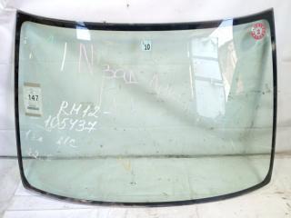 Лобовое стекло переднее NISSAN LIBERTY 2002