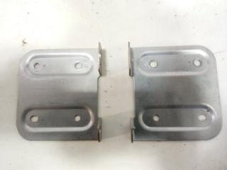 Запчасть крепление магнитофона HONDA HRV 2000