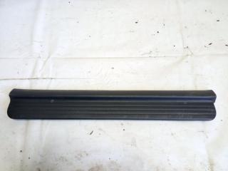 Запчасть накладка на порог салона передняя левая HONDA HRV 2000