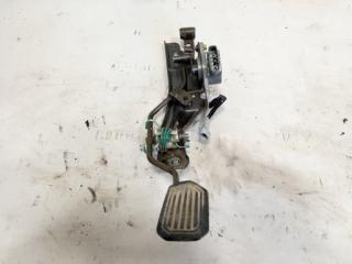 Педаль подачи топлива передняя правая TOYOTA GAIA 1999