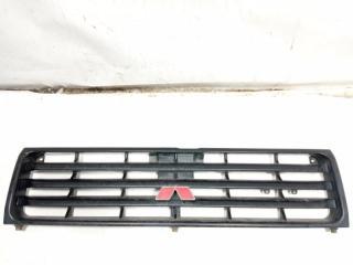 Решетка радиатора передняя MITSUBISHI PAJERO 1994