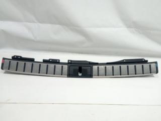 Запчасть пластик замка багажника задний LEXUS RX450h 2017