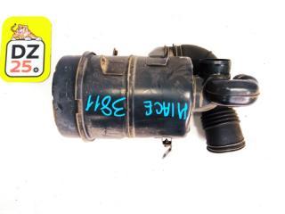 Корпус воздушного фильтра передний TOYOTA HIACE 1996