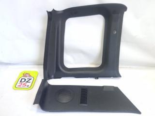 Обшивка багажника задняя левая SUZUKI ESCUDO 1995