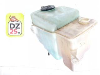 Бачок стеклоомывателя передний TOYOTA CALDINA 2000