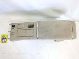 Бардачок между сиденьями передний TOYOTA ESTIMA 2010