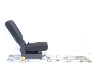 Бардачок между сиденьями передний NISSAN SERENA 2008