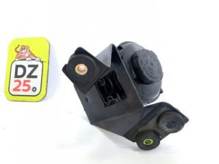 Бачок гидроусилителя передний NISSAN ELGRAND 1997