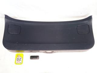 Обшивка двери багажника задняя NISSAN WINGROAD 2004