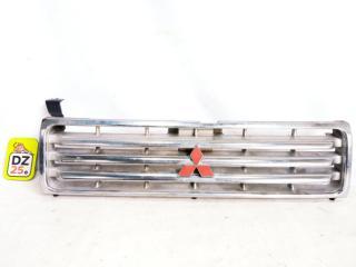 Решетка радиатора передняя MITSUBISHI PAJERO 1993