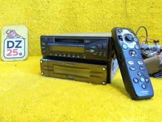 Магнитофон передний MITSUBISHI PAJERO 2004