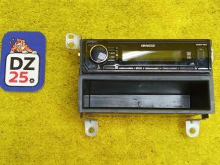 Запчасть магнитофон передний TOYOTA MARK II 1993