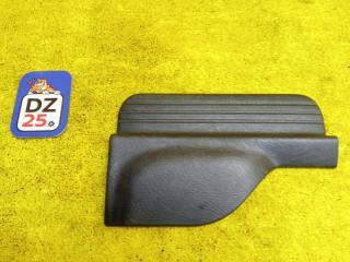 Накладка на порог салона задняя левая HONDA HRV 2002