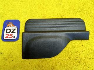 Накладка на порог салона задняя левая HONDA HRV 2004