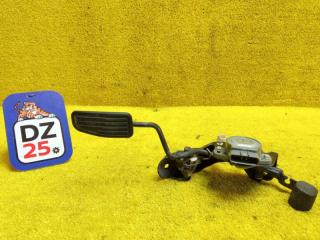 Педаль подачи топлива передняя правая TOYOTA TOWN ACE NOAH 2001