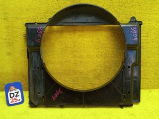 Диффузор радиатора передний NISSAN TERRANO REGULUS 2000