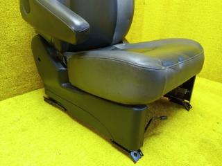 Сидение переднее левое NISSAN LIBERTY RM12 QR20DE