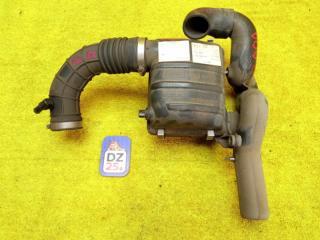 Корпус воздушного фильтра передний SUZUKI JIMNY 1999