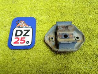 Подушка коробки передач задняя SUZUKI JIMNY 1998