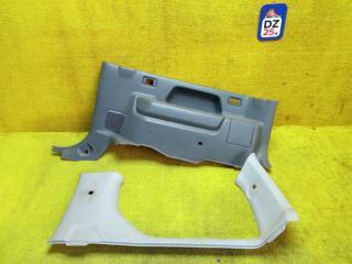 Обшивка багажника задняя правая SUZUKI JIMNY 1999