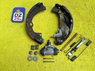 Механизм стояночного тормоза задний левый NISSAN ELGRAND 1997