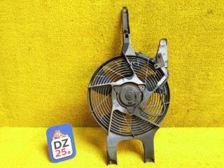 Вентилятор радиатора кондиционера передний правый NISSAN ELGRAND 1997