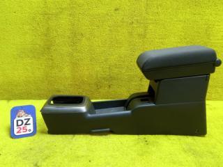 Бардачок между сиденьями передний NISSAN XTRAIL 2004